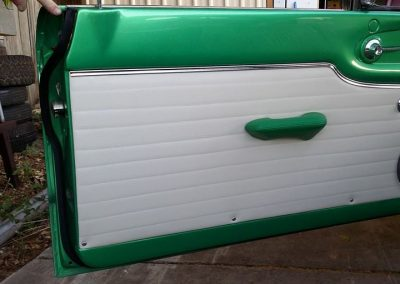 XP Falcon Coupe in off white vinyl with green door retrim